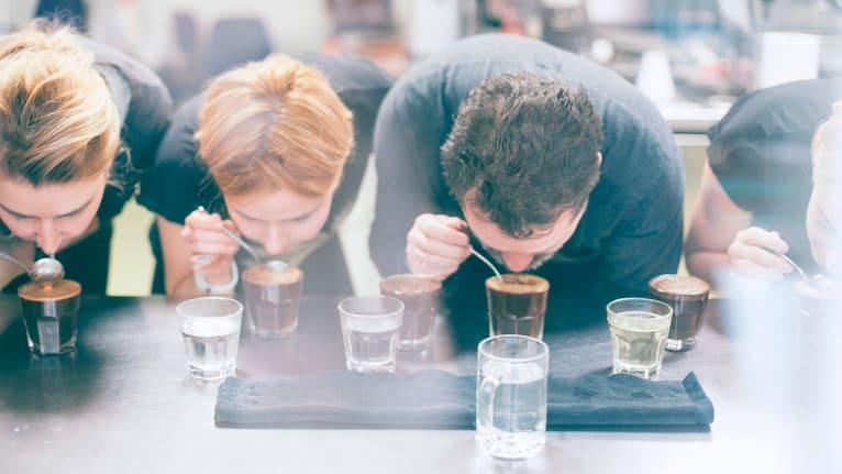 当莫斯科也开始拥抱咖啡文化的时候 再也没人说俄罗斯人只喝茶了