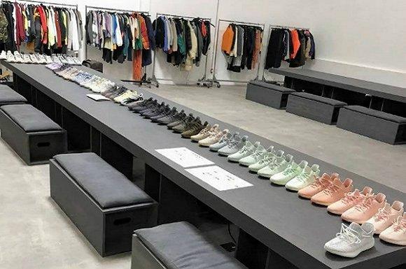侃爷的椰子鞋真的帮Adidas赚钱了吗?