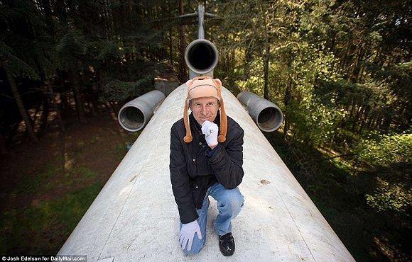 退休后如何养老?这位英国单身汉决定住进飞机里