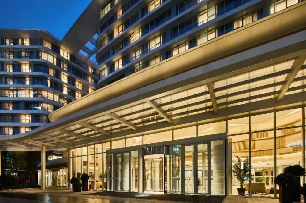 为什么有这么多酒店群?