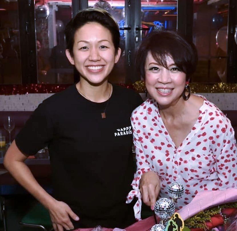 女学霸辞职卖包子,1个70块,拿下亚洲最佳女厨师